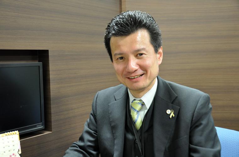 代表取締役 吉田 安志 (よしだ やすし)